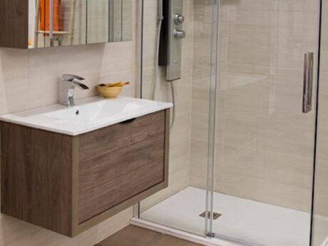 salle de bain meuble et douche showroom brest queguiner materiaux